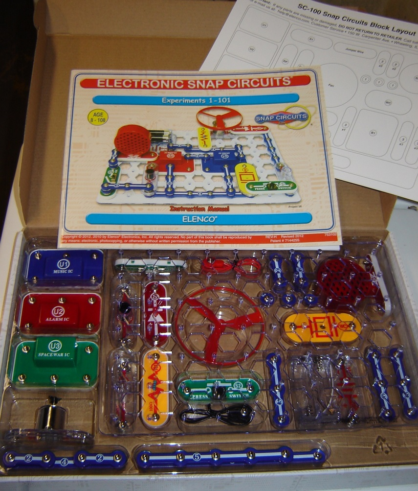 Having Fun With Snap Circuits Jr Kit Just Opened