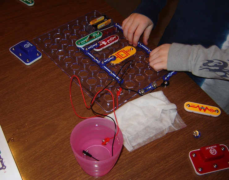 snap circuits water 4
